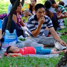 Đông nghịt ngày cuối cùng nghỉ Tết, Thảo Cầm Viên Sài Gòn hóa thành