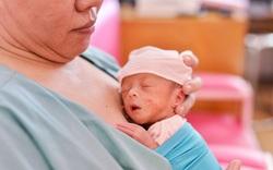 Sức sống phi thường từ bộ ảnh bé sinh non tại Bệnh viện Từ Dũ
