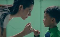 MV mới của Phạm Quỳnh Anh gặp nhiều ý kiến trái chiều vì cảnh đẩy con xuống nước