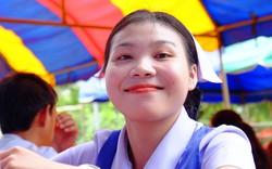 Chùm ảnh: Nụ cười Lào làm ấm lòng các bác sĩ Việt vượt ngàn cây số làm nhiệm vụ nơi xứ người