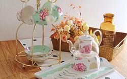 Tận hưởng không khí uống trà thảnh thơi với những bộ tách trà trang nhã, xinh xắn