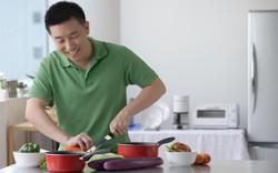 """Đàn ông biết nấu ăn, """"thả thính"""" là phải dính"""