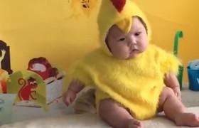 Gợi ý bộ đồ dễ thương khi chụp ảnh cho bé