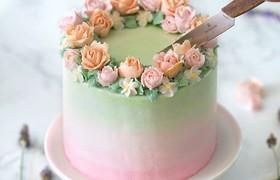 Học cách trang trí bánh kem cực đẹp và lãng mạn