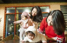 """Hai nàng beauty blogger Loveat1stshine:  """"Lên chức mẹ trẻ khó lắm, nhưng chúng mình đã thành công!"""""""