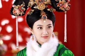 """""""Đệ nhất mỹ nữ Bắc Kinh"""" hóa hoàng hậu đẹp như tranh vẽ"""