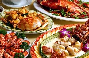 Hạn chế tác động xấu của những bữa tiệc ăn uống cuối năm lên sức khỏe của bạn