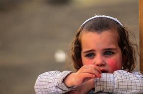 Thay vì trừng phạt, đây là cách mà cha mẹ Do Thái uốn nắn những đứa trẻ khó bảo