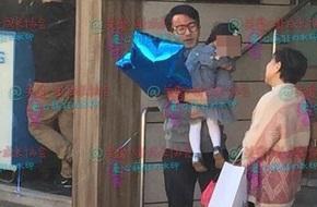 Lưu Khải Uy đưa con đi chơi, Dương Mịch không về kỷ niệm ngày cưới cùng chồng