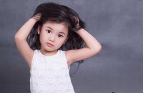 Cận cảnh nhan sắc của mẫu nhí Việt vừa đoạt giải Công chúa Châu Á