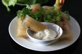 Món ngon cuối tuần: Nem gà nấm cực lạ