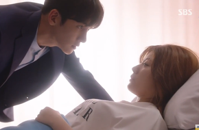 Vừa chia tay đã lại... hôn hít, không ai khác ngoài Ji Chang Wook - Nam Ji Hyun!