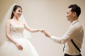 Xem trước 3 bộ váy cưới lộng lẫy khiến nhiều người ghen tị của vợ MC Thành Trung