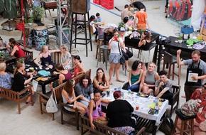 Loạt hội chợ và sự kiện cực chất để 'bung lụa' trong tuần nghỉ lễ ở Hà Nội, Sài Gòn