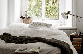 Nhà nhỏ thì sao chứ vì bạn vẫn có thể sở hữu những phòng ngủ xuất sắc như này cơ mà