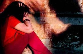 Chỉ trong 7 giờ đồng hồ, nữ sinh 15 tuổi bị 2 người đàn ông cưỡng hiếp