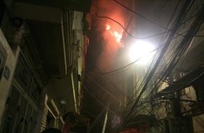 Rạng sáng ngày 19-7 hỏa hoạn liên tiếp xảy ra tại bệnh viện và nhà dân, chỉ cách nhau vài trăm mét