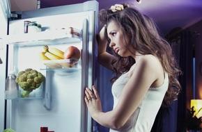 Nếu nửa đêm đói bụng, hãy ăn những thứ này, không sợ béo mà còn giảm cân