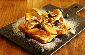 Bánh chuối chiên kiểu mới đơn giản ngon miệng cho bữa sáng