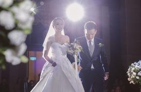 Đám cưới lung linh ngàn ngọn nến theo phong cách Hàn Quốc của cặp đôi Hà Nội