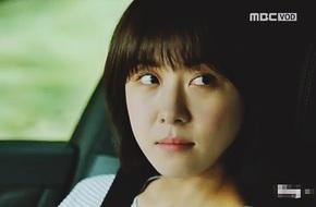 Ha Ji Won bất ngờ đồng ý khi được trai trẻ