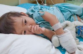 Lơ là khi trông con, bố mẹ có thể hối hận vì những tai nạn đáng tiếc