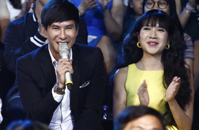 Vợ chồng Minh Hà - Lý Hải choáng ngợp trước dàn 'sao nhí' Idol Kids