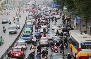 Hình ảnh giao thông Hà Nội, Sài Gòn thông thoáng trong buổi sáng ngày đầu tiên đi làm sau Tết