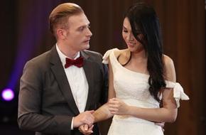 Hết thi catwalk, thí sinh Hoa hậu Hoàn vũ lại bị soi cả chuyện