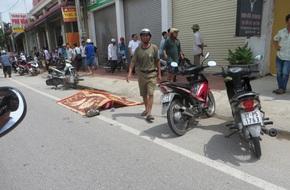 Nghệ An: Đưa thịt gà qua cho con gái, người cha gặp tai nạn tử vong