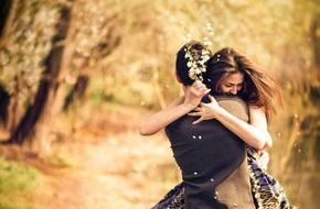 Trong tình yêu, đừng chỉ thấy cái mình muốn có mà quên đi cái mình đang có còn quý giá hơn nhiều