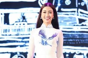 Hoa hậu Mỹ Linh, Đông Nhi diện áo dài duyên dáng trong buổi tổng duyệt bế mạc LHP Việt Nam