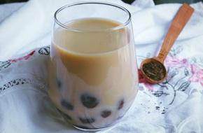 Pha trà sữa Thái đúng chuẩn thơm ngon như người Thái