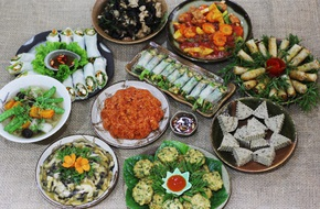 6 địa chỉ đặt cỗ chay đa dạng món, giá 'mềm' cho rằm tháng bảy ở Hà Nội