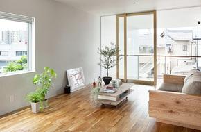 Ngôi nhà hai tầng hút hồn người xem nhờ sử dụng chất liệu gỗ tự nhiên ở Nhật