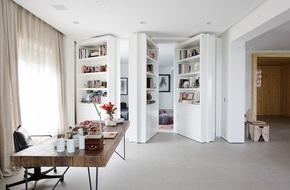 Tưởng chỉ có trong phim ảnh, những cánh cửa bí mật giờ đây lại đang là xu hướng thiết kế của rất nhiều gia đình