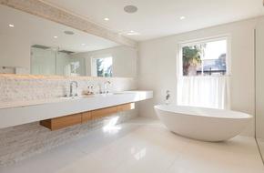 Mách bạn tuyệt chiêu trang trí cho nhà tắm vừa đẹp vừa