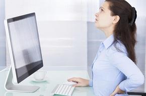 4 thói quen xấu rất nhiều người mắc phải trong khi làm việc và cần chấm dứt ngay