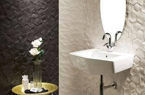Phòng tắm trở nên 'sang chảnh' bất ngờ với bức tường sử dụng gạch ốp 3D