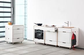 Phòng bếp nhỏ với thiết kế tích hợp mà bất kỳ nhà nào cũng ao ước có được