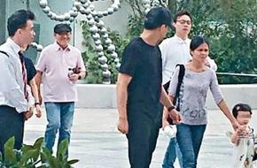 Dù vắng bóng con dâu Dương Mịch, bố Lưu Khải Uy vẫn vui vì con trai mua tặng nhà 200 tỷ
