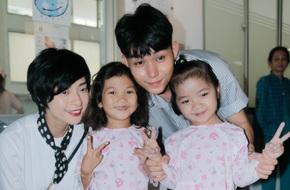 Ngô Thanh Vân giản dị, tóc ngắn lạ lẫm đi từ thiện cùng Jun Phạm