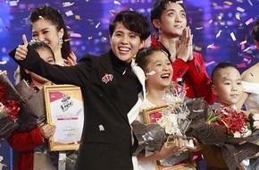 Vượt qua hoàn cảnh khó khăn, học trò cưng Vũ Cát Tường đột phá trở thành Quán quân 'Giọng hát Việt nhí 2017'
