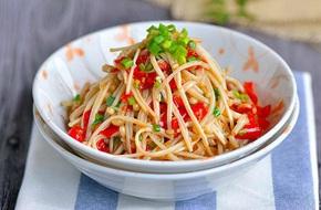 Nấm trộn cay: Làm đơn giản mà ăn với gì cũng ngon