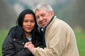 Là người cưới nhiều vợ nhất Vương quốc Anh nhưng người đàn ông này lại bị 'cắm sừng' sau gần 2 năm cầu hôn