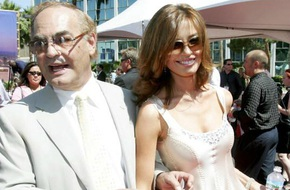 Cuộc sống giàu sang của nàng Hoa hậu xinh như mộng, bỏ showbiz để trở thành phu nhân tỷ phú 82 tuổi