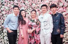 Lộ clip Lý Thần run rẩy nghe mẹ vợ dặn dò khi cầu hôn Phạm Băng Băng