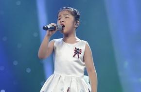 Văn Mai Hương - Bích Phương vỡ òa khi cô bé khiếm thị 9 tuổi bị loại