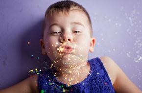 Cậu bé 5 tuổi phá bỏ chuẩn mực về giới tính và thông điệp khiến các bậc cha mẹ phải suy nghĩ