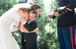 Lời hẹn ước đặc biệt của mẹ kế trong lễ cưới khiến con chồng bật khóc nức nở